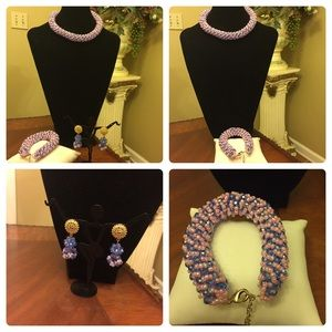An elegant Set-baby Pink mixed with blue beads